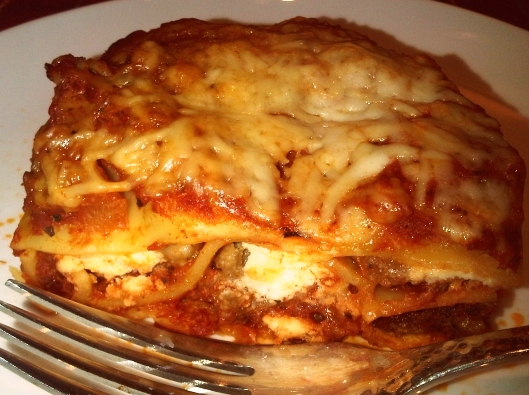 Super Easy Crock Pot Lasagna | InnerPacific